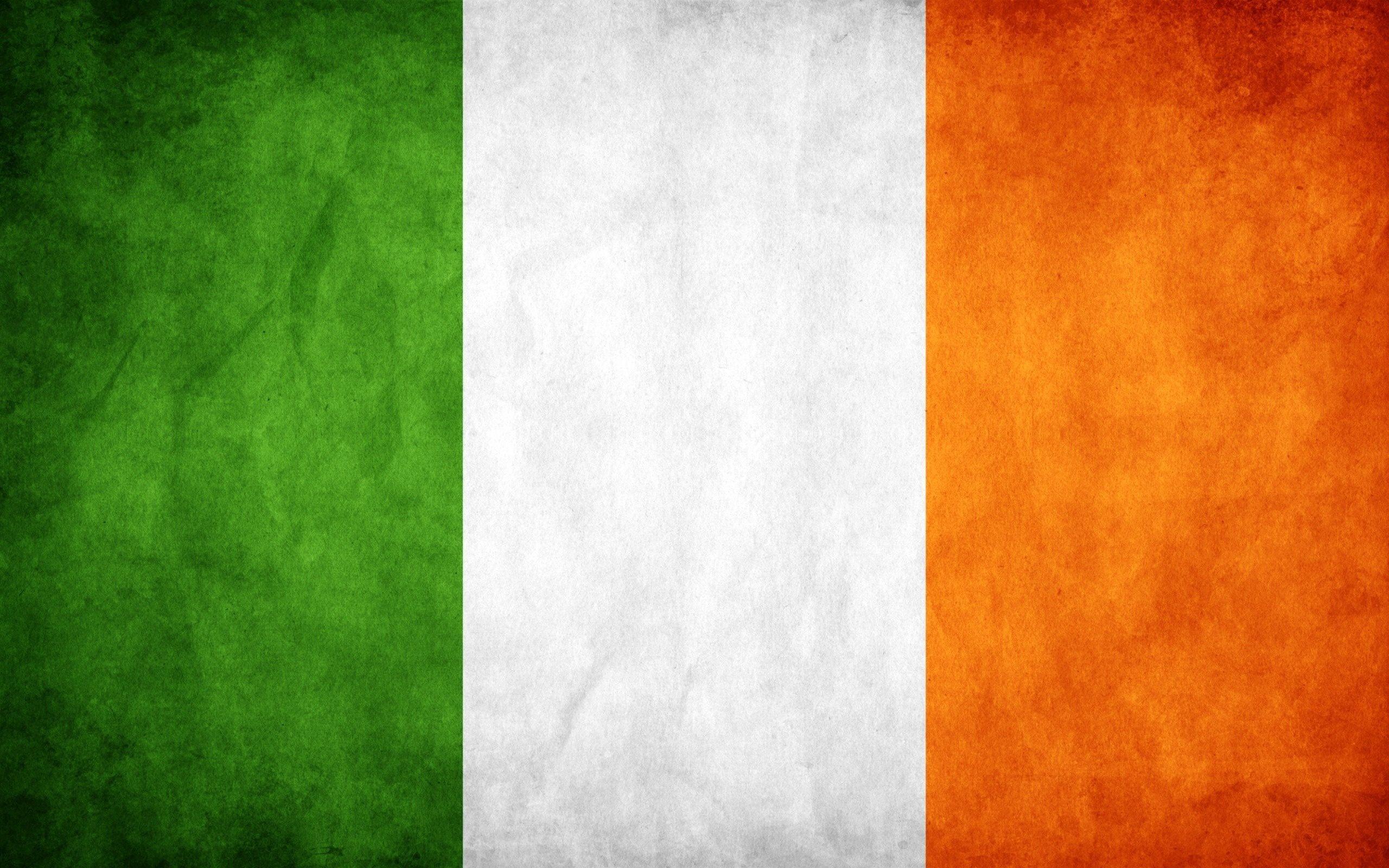 grunge-flag-ireland1